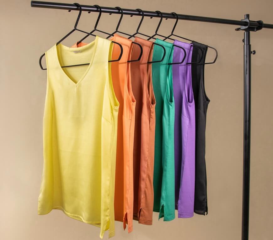 Jednobojne majice - jednostavnost kao odlika stila